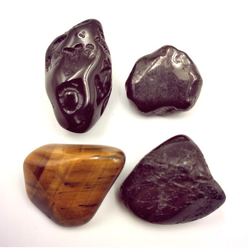 4 pierres de protection Tourmaline noir Tectite Shungite Oeil de tigre