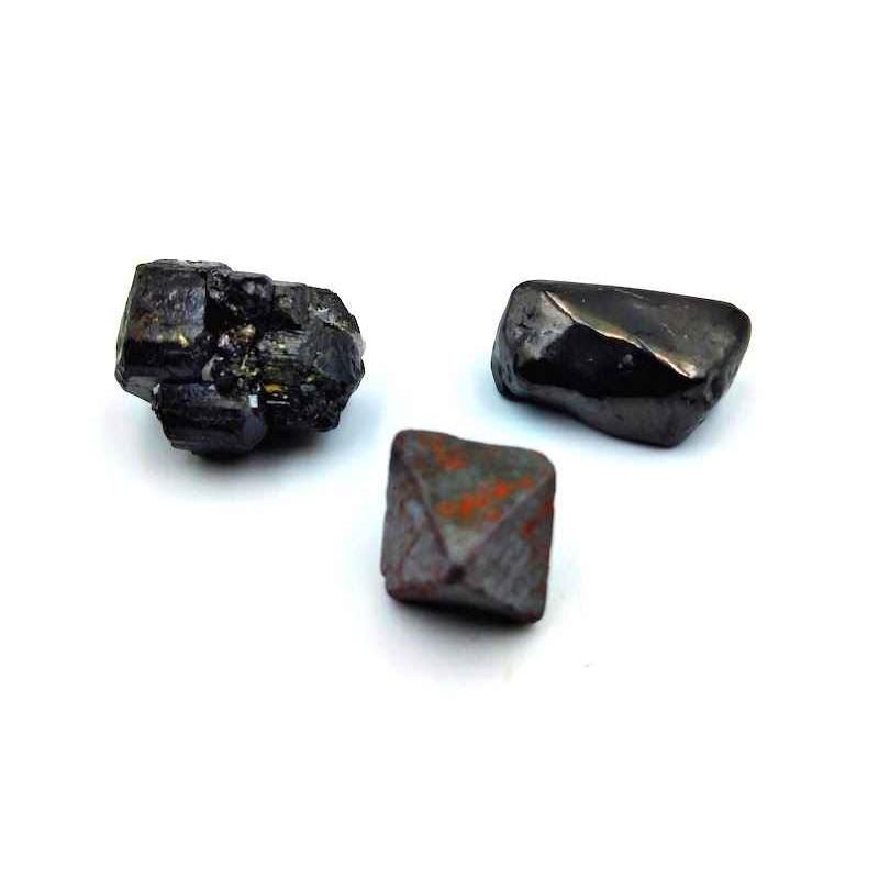 3 pierres de protection Tourmaline noir Magnétite Octaèdre Shungite